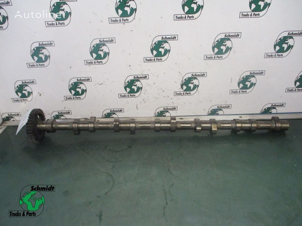 51.04401.6398 camshaft for MAN tractor unit