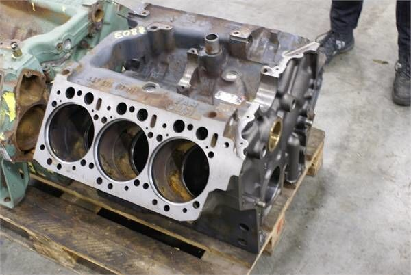 cylinder block for MERCEDES-BENZ OM 441 LA excavator