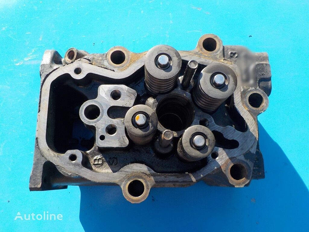 cylinder head for truck