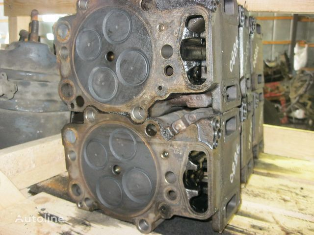 Scania cylinder head for SCANIA 4 seriya tractor unit