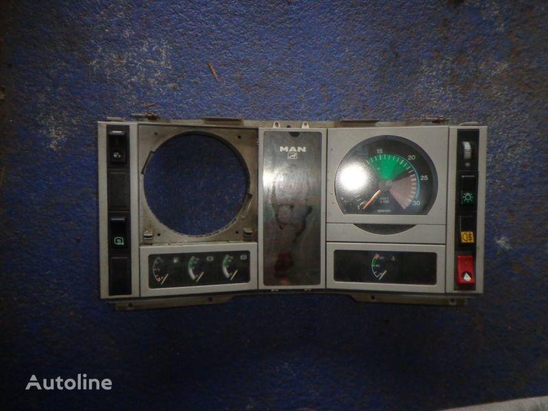 dashboard for MAN 18 truck