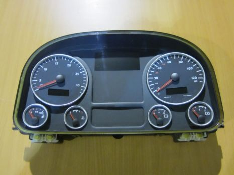 MAN dashboard for MAN TGX tractor unit