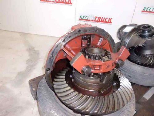 differential for IVECO GRUPO IVECO 180E R: 12 X 41 truck