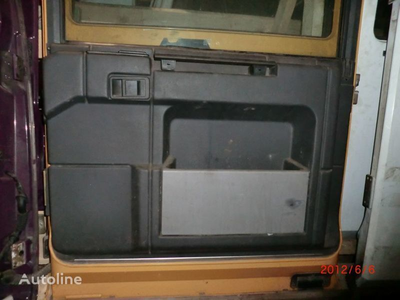 Obshivka door for RENAULT Magnum tractor unit