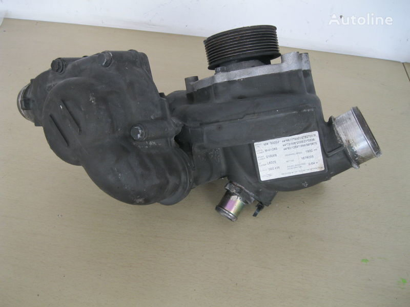 WODY Z OBUDOWĄ - SHIPPING IN EUROPE engine cooling pump for DAF XF 105 / CF 85 tractor unit
