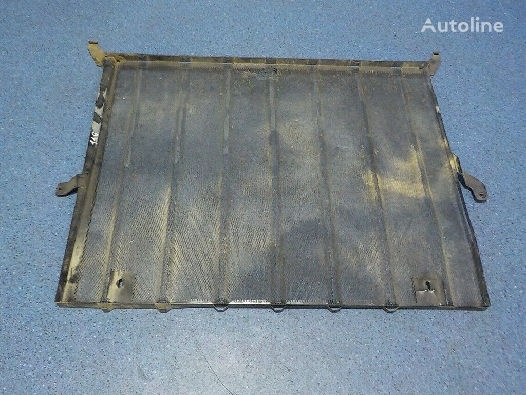 Moskitnaya setka radiatora sverhu Mercedes Benz engine cooling radiator for truck