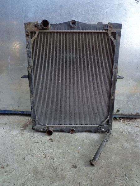 engine cooling radiator for DAF LF truck