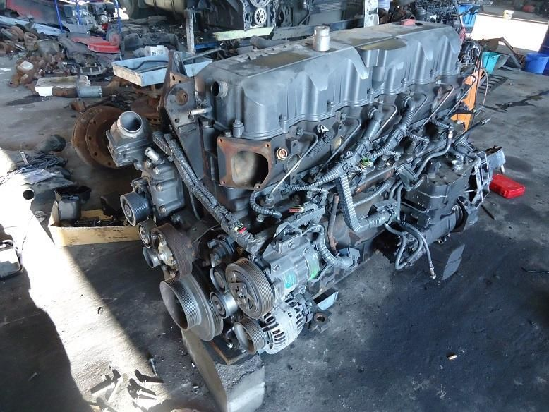 engine for DAF XF105 truck