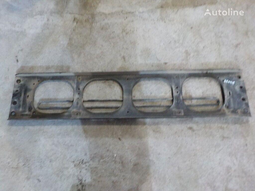 Poperechina perednyaya ramy-kronshteyn reshetki radiatora Volvo fasteners for truck