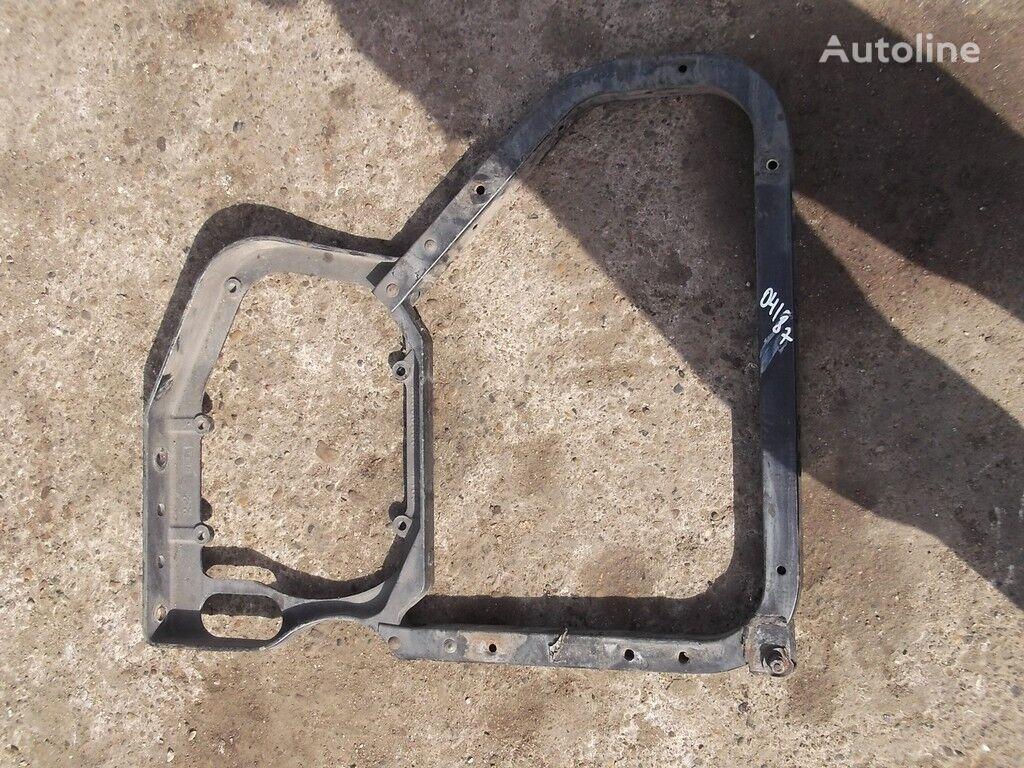 Kronshteyn krepleniya kryla RH Volvo fasteners for truck