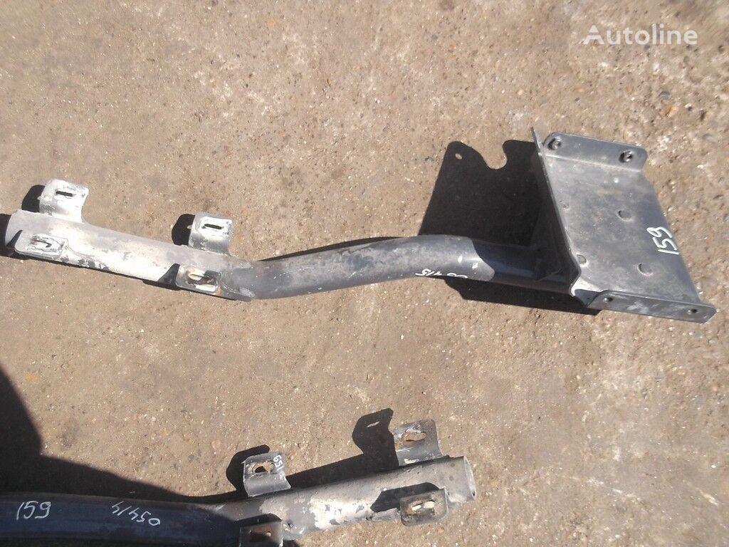 Kronshteyn kryla LH Iveco fasteners for truck
