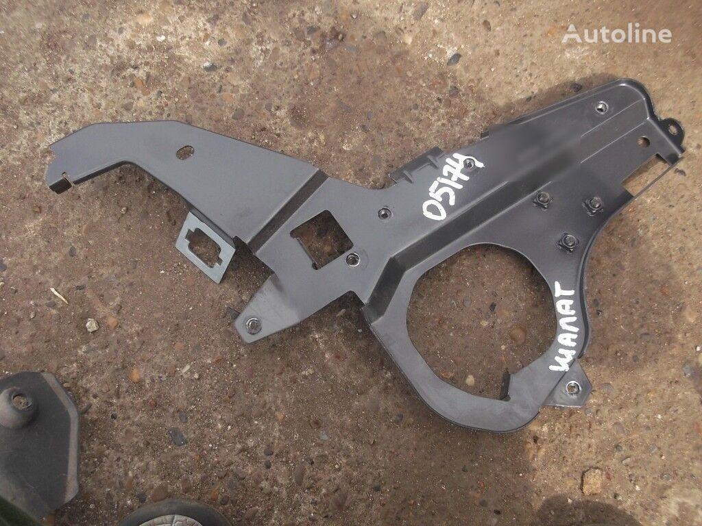 Kronshteyn pribornoy paneli LH Scania fasteners for truck
