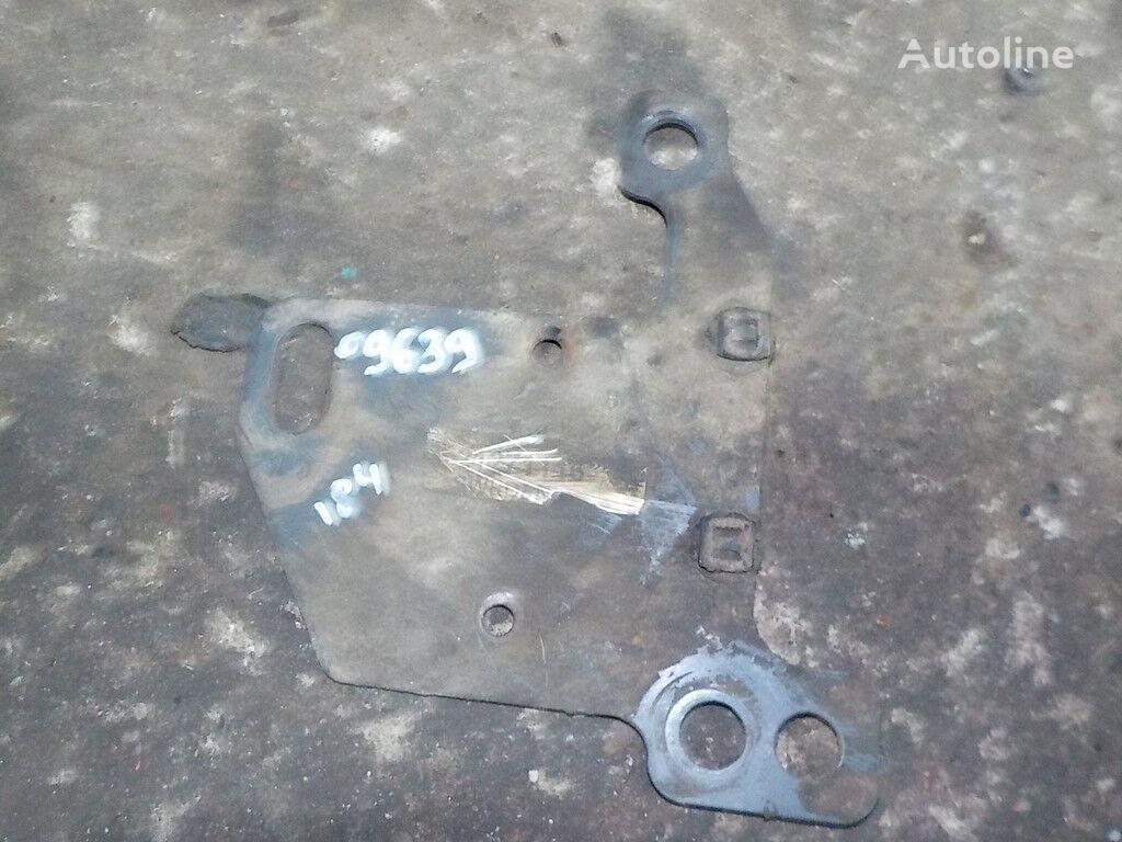 Kronshteyn masloohladitelya (rama) Volvo fasteners for truck