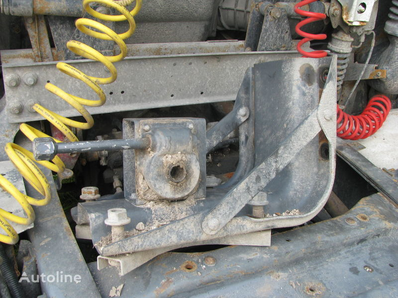Kronshteyn zapaski fasteners for DAF tractor unit