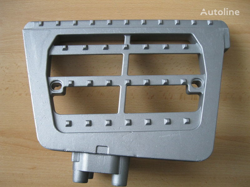 new WSPORNIK STOPNIA footboard for DAF CF 85 tractor unit