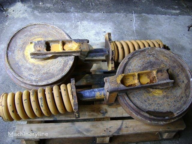 Idler Wheel front idler for KOMATSU PC 180-3 excavator