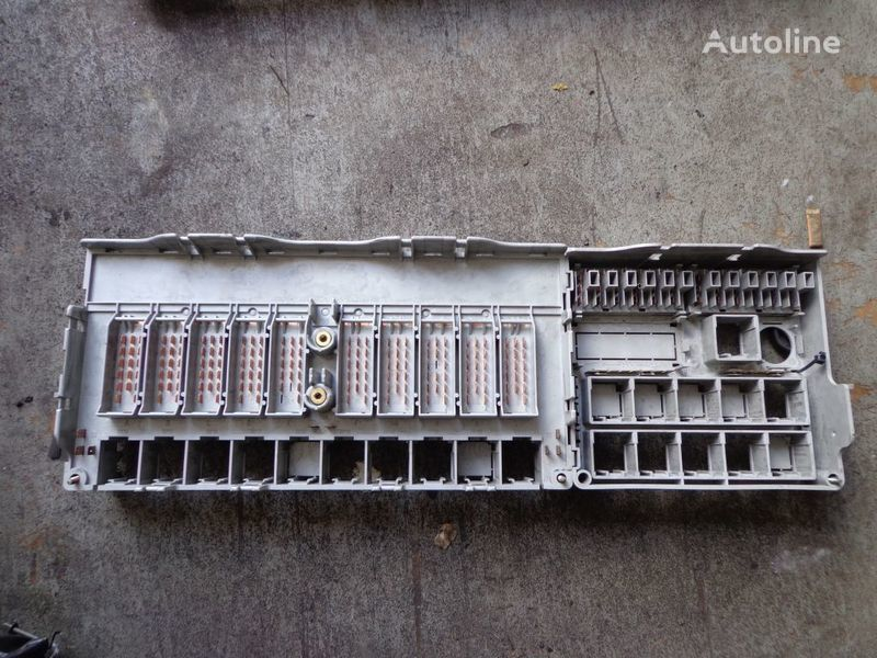 fuse block for SCANIA 124, 114, 94 tractor unit