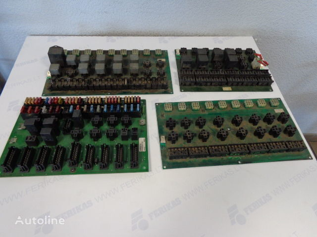 1622465,1591816,1618770,3197860 fuse block for VOLVO tractor unit