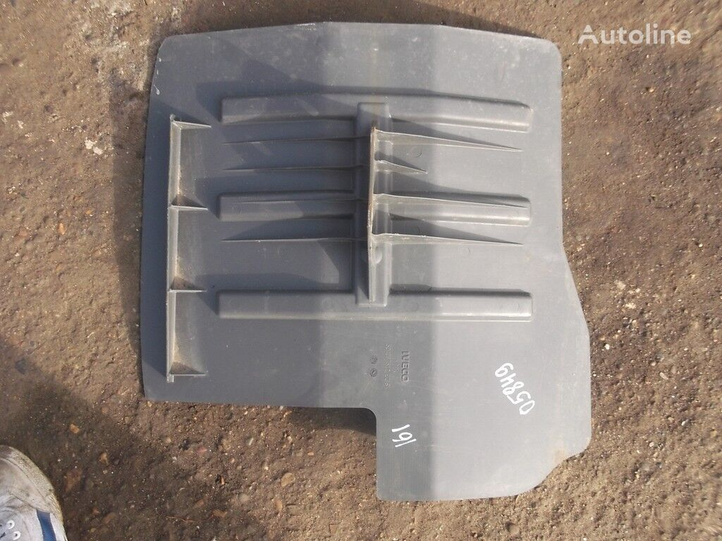 Podkrylok LH mudguard for IVECO truck