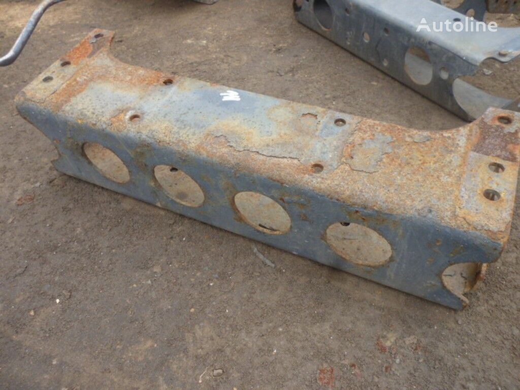 Zadnyaya traversa ramy IVECO spare parts for truck