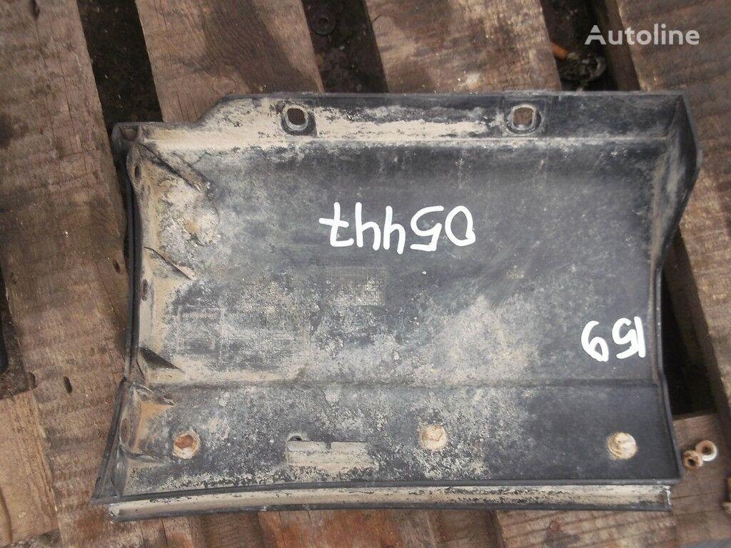 Nakladka na krylo RH Iveco spare parts for truck