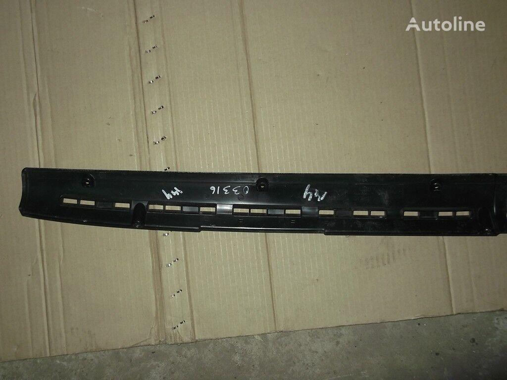 Nakladka-vozduhovod peredney paneli DAF spare parts for truck