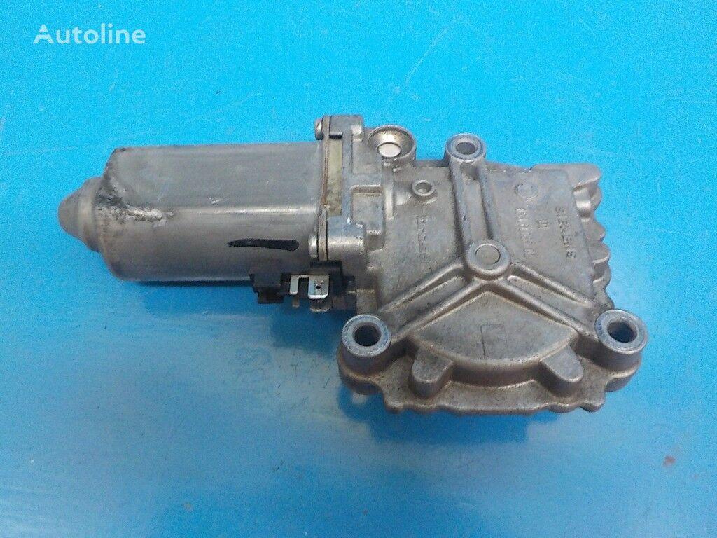 Motorchik steklopodemnika RH Volvo spare parts for truck