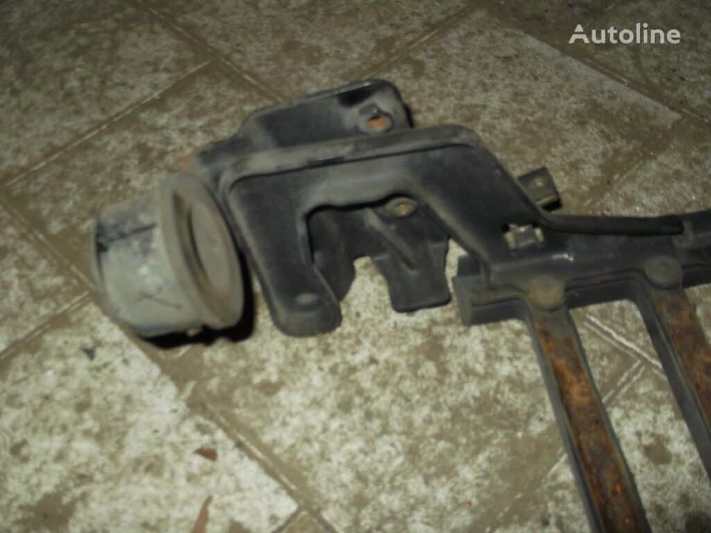 Petlya reshetki radiatora LH Volvo spare parts for truck