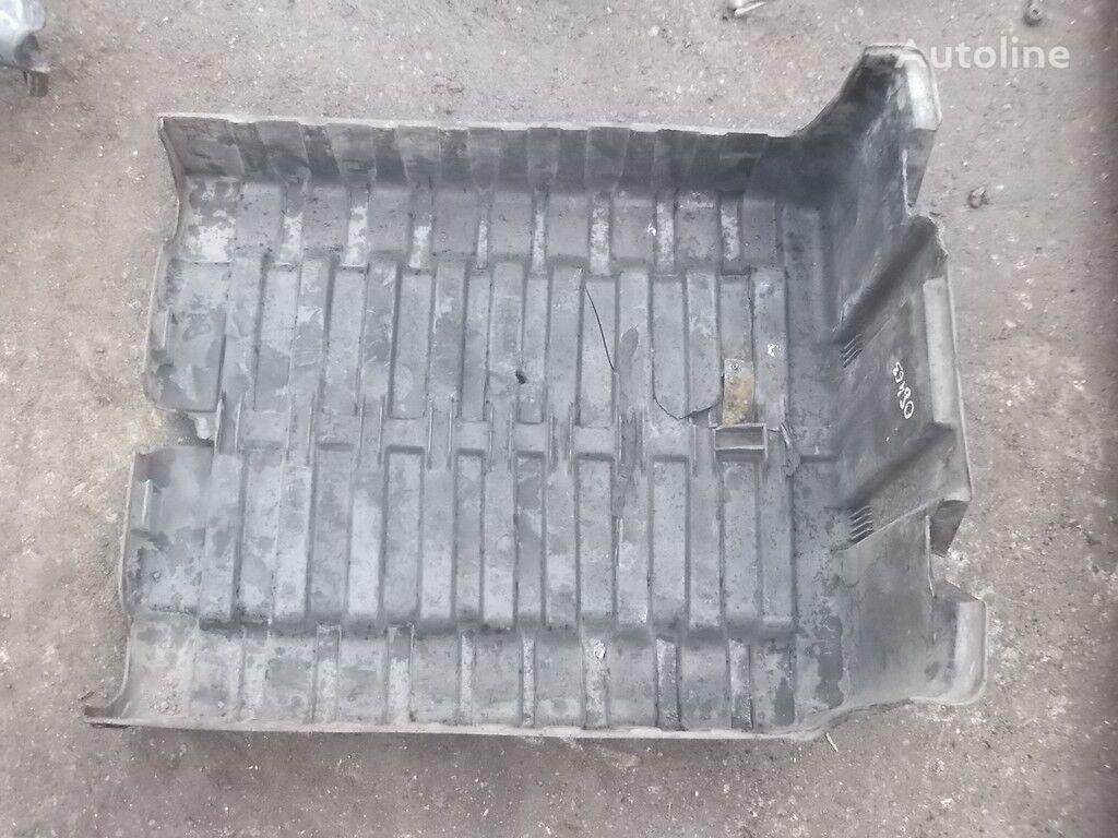 Kryshka AKB DAF spare parts for truck