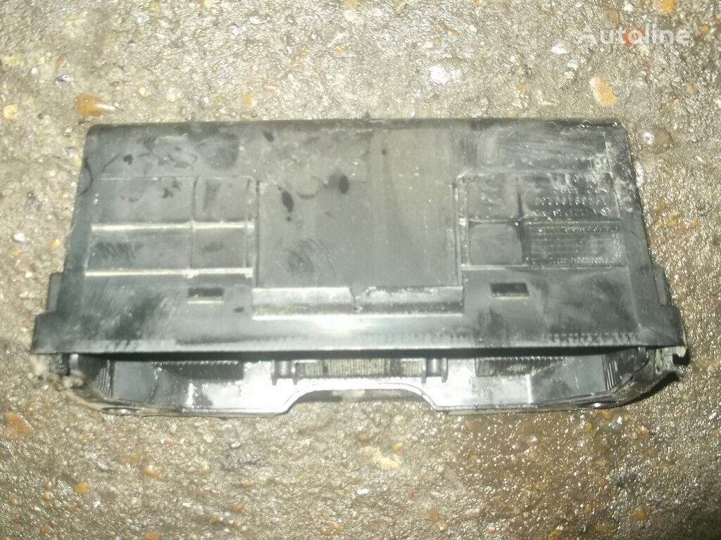 Pepelnica Mercedes Benz spare parts for truck