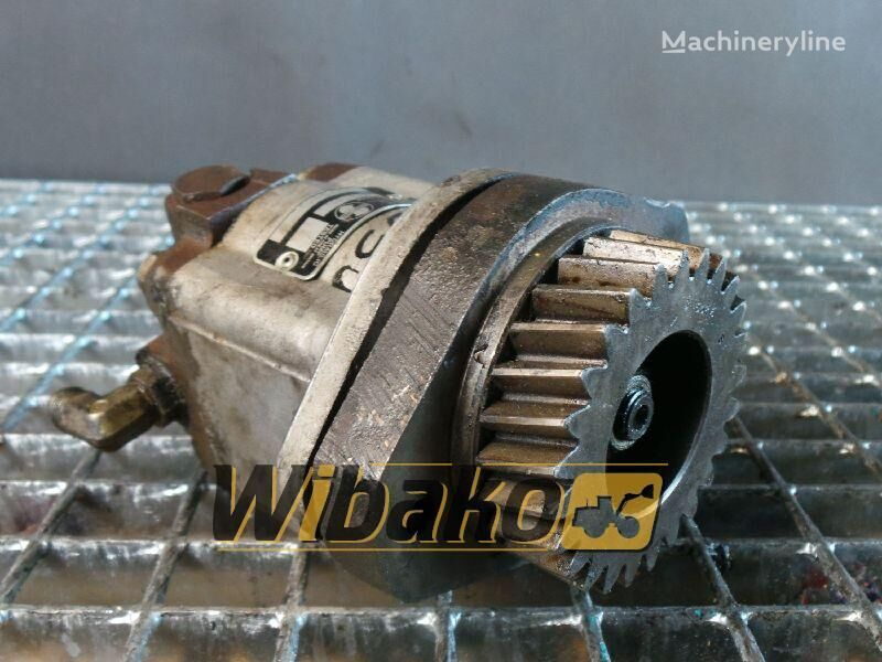 Gear pump Sundstrank A15L18303 spare parts for A15L18303 excavator