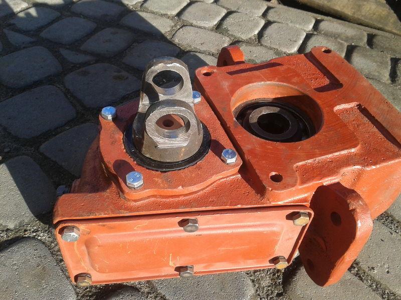 new Reduktor privoda nasosov v sbore spare parts for LVOVSKII material handling equipment