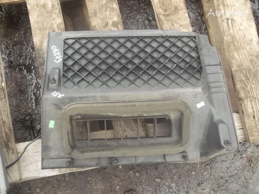 Obshivka dlya nog speredi sprava spare parts for MERCEDES-BENZ truck