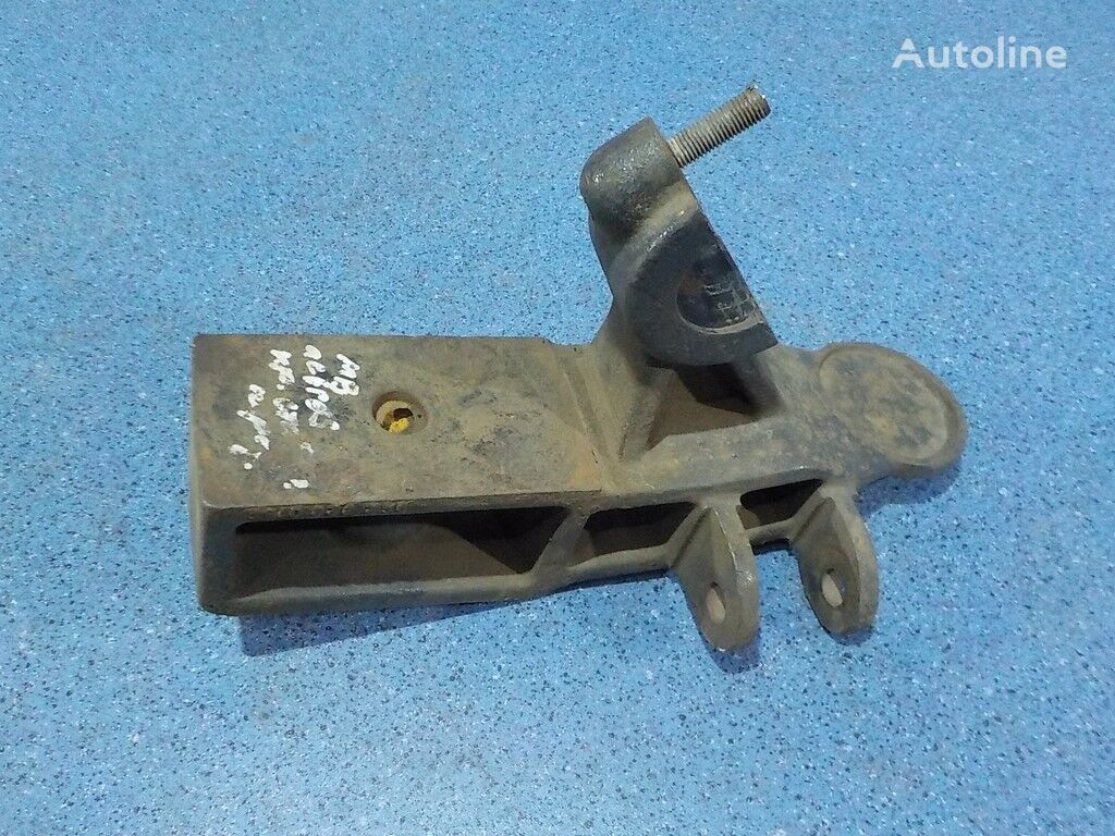 Kronshteyn krepleniya perednego stabilizatora spare parts for MERCEDES-BENZ truck