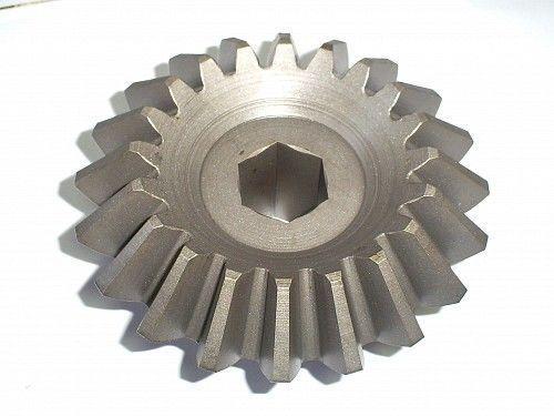 new shesternya konicheskaya z=20  kod 0307.74 spare parts for WELGER AP 52,53,530 baler