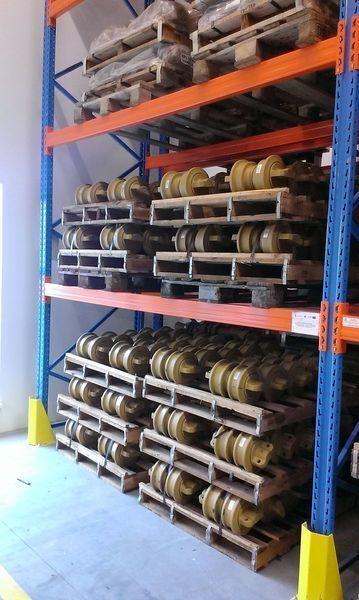 new HITACHI cep, napravlyayushchie kolesa track roller for HITACHI 120,130,135,160,180,200,210,225,240,250,300,330,350 excavator