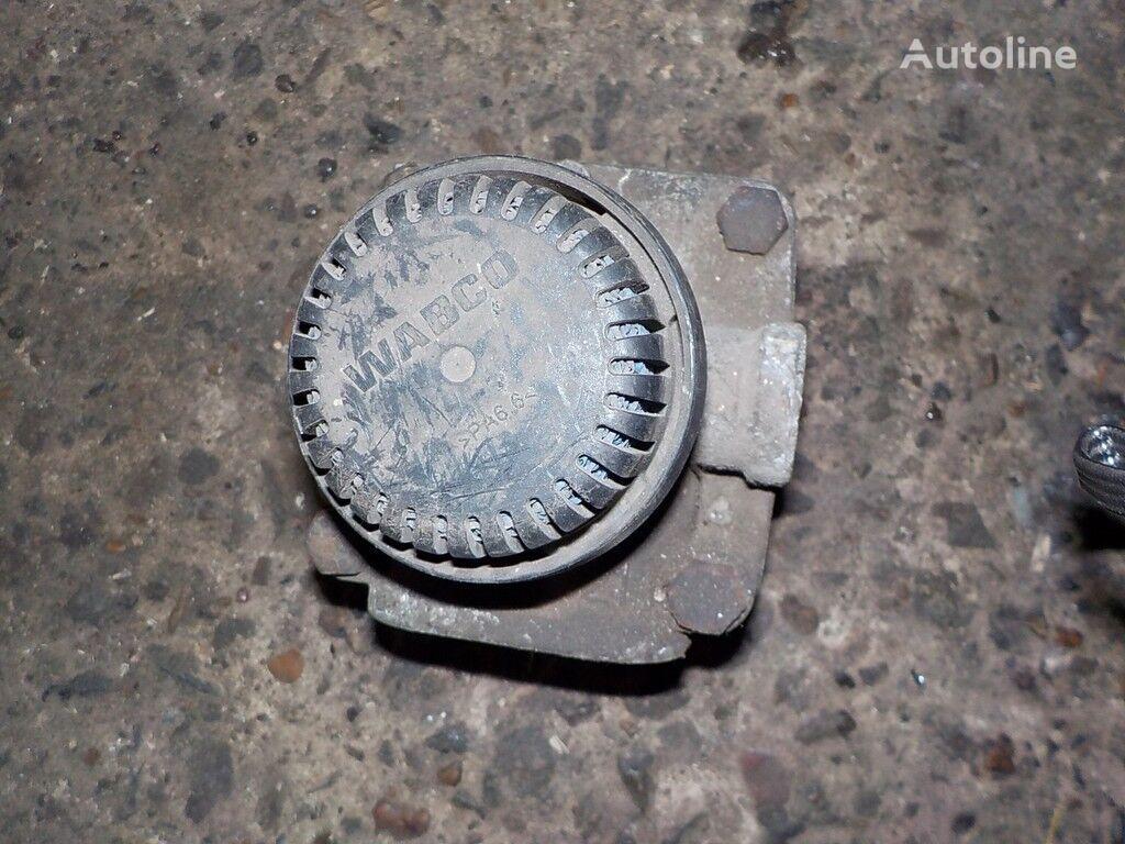 uskoritelnyy Renault valve for truck