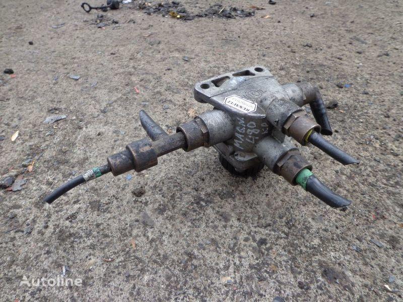 Knorr-Bremse valve for RENAULT Magnum tractor unit