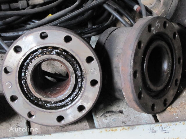 wheel hub for RENAULT MAGNUM tractor unit
