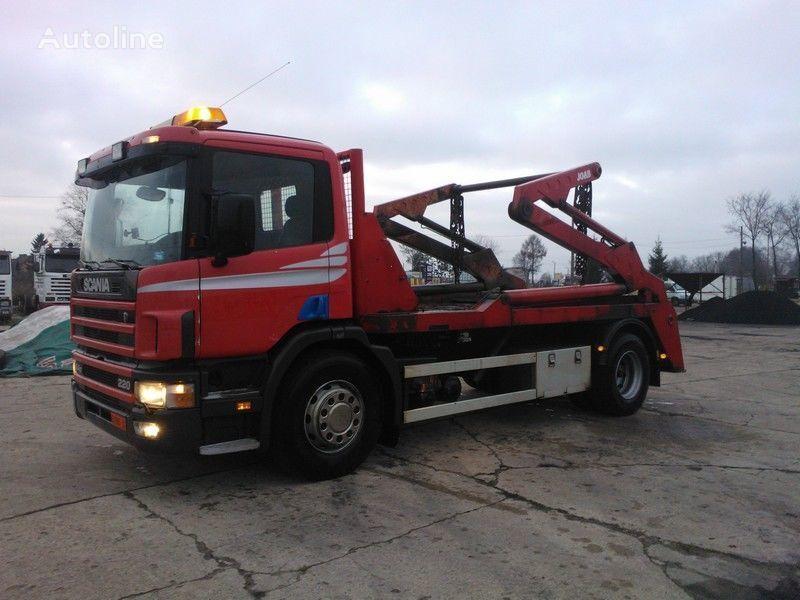 SCANIA P94 / 220 skip loader truck