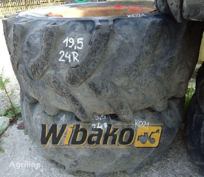 19.5/24 (10/28/25) tractor tire