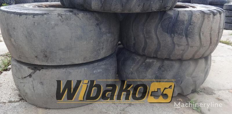 23.5/25 (19/45/44) wheel loader tire