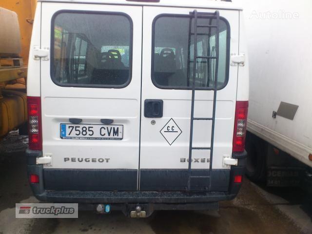 PEUGEOT BOXER 330 MH 2.8 HDI closed box van