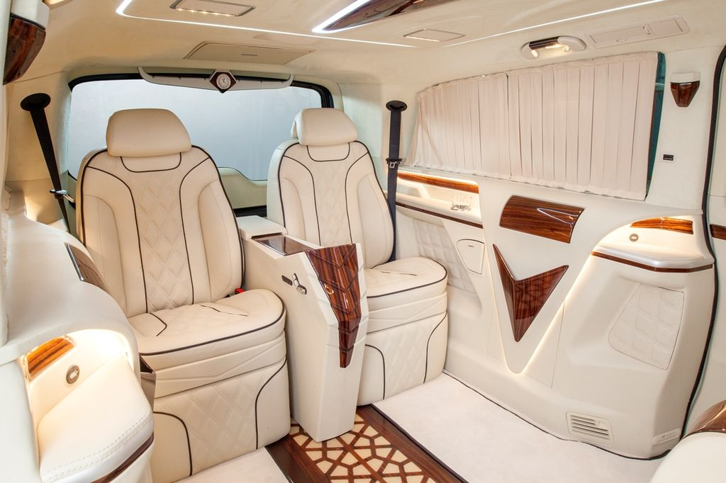 MERCEDES-BENZ VIANO V-CLASS minivan