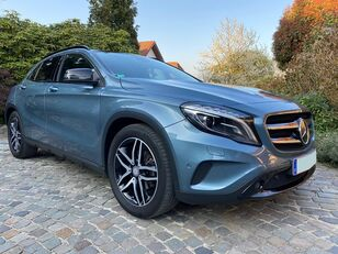 MERCEDES-BENZ GLA 200CDI 4M Distronic Panorama
