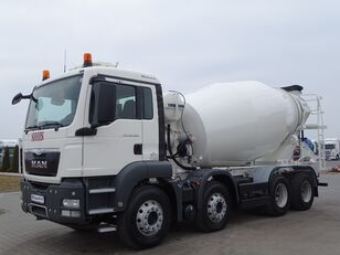Liebherr  on chassis MAN TGS 32.400 / 8X4 / CEMENTMIXER 9 M3 / MANUAL