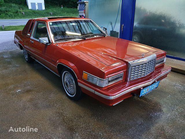 FORD Thunderbird Town Landau coupe