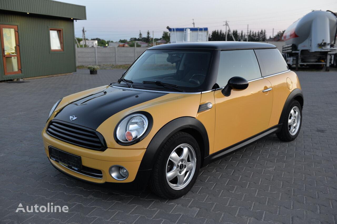 Mini Cooper One coupe
