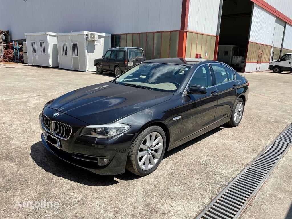 BMW 523i estate car