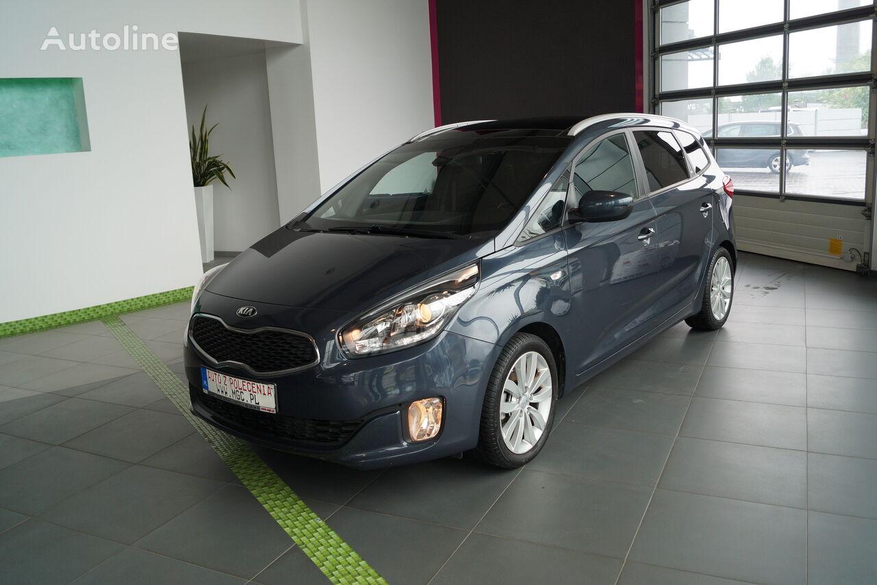 KIA Carens minivan
